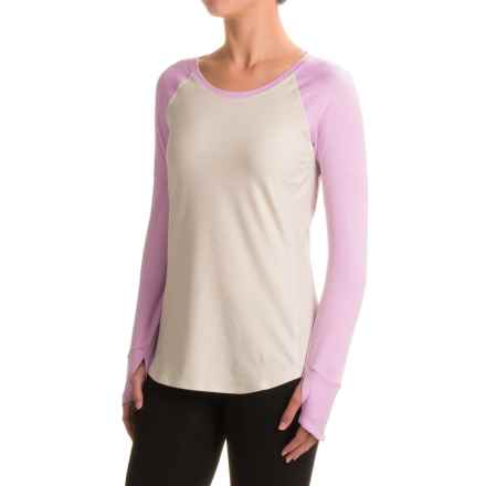 The North Face Motivation Shirt - Long Sleeve (For Women) in Moonlight Ivory Heather/Lupine - Closeouts