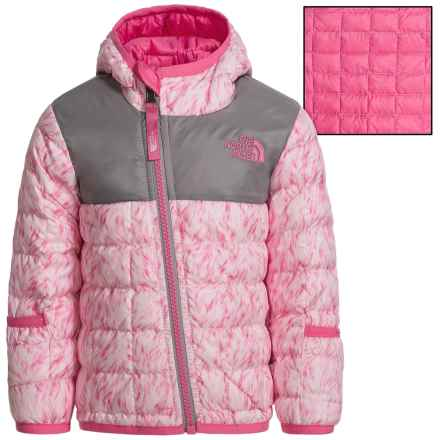 The North Face Reversible ThermoBall® Hooded Jacket - Insulated (For Infants) in Coy Pink Fur Print - Closeouts