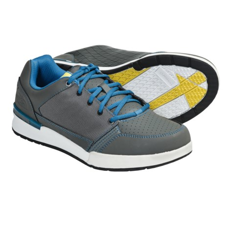 The North Face Shifter Shoes (For Men) in Graphite Grey/Turquoise Blue