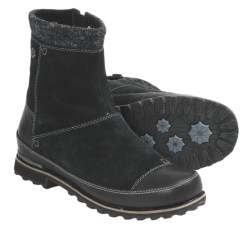 The North Face Snowtropolis Mid Winter Boots (For Women) in Tnf Black/Tnf Black
