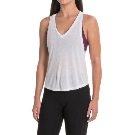 The North Face Versitas Crop Tank Top - Racerback (For Women) in Tnf White