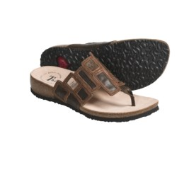 Think! Julia Thong Sandals - Leather (For Women) in Cafe Combo