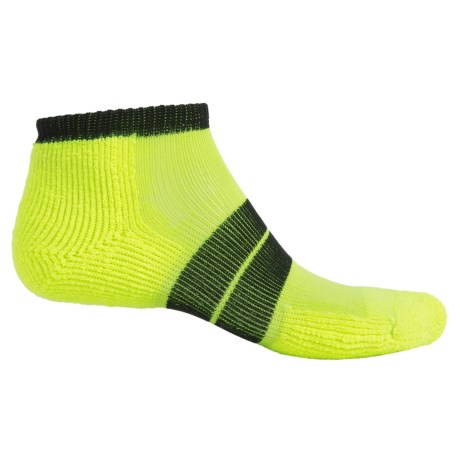 Thorlo 84 Needle Runner Socks - Ankle (For Men) in Electric Yellow/Black