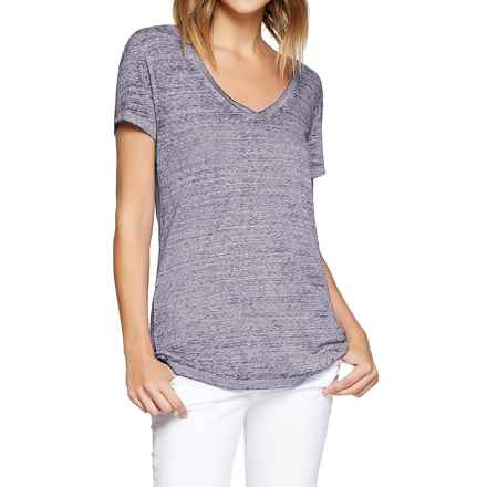 Threads 4 Thought Vintage Wash V-Neck T-Shirt - Organic Cotton, Short Sleeve (For Women) in Lark - Closeouts