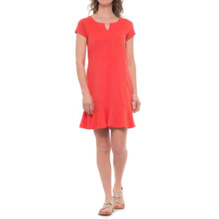 Three Dots Easy Flounce Dress - Short Sleeve (For Women) in Coral Susnet - Closeouts