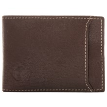 Timberland Blix Flip Clip Wallet in Brown - Closeouts