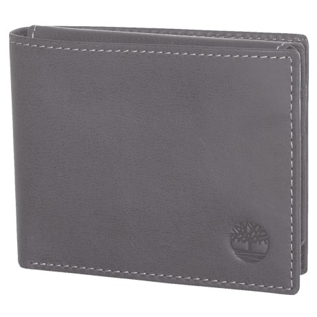 Timberland Cloudy Leather Passcase Wallet