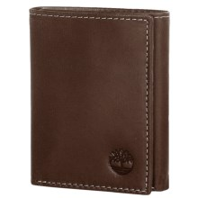 Timberland Cloudy Leather Trifold Wallet in Brown - Closeouts