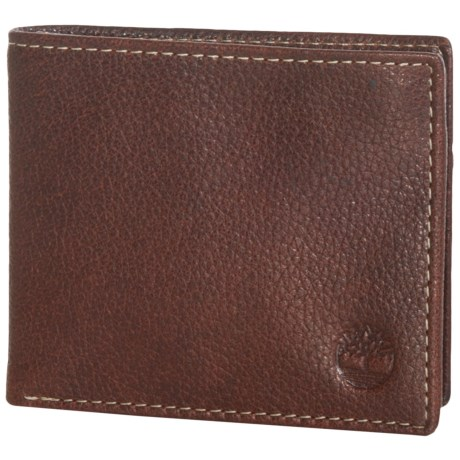 Timberland Core Sportz Passcase Wallet - Leather in Brown