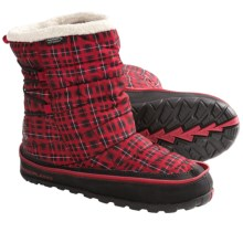 Timberland Earthkeepers Radler Trail Mid Camp Boots - PrimaLoft® (For Women) in Red Plaid - Closeouts