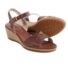 Timberland Earthkeepers Wollaston Sandals - Woven Leather (For Women) in Light Brown - Closeouts