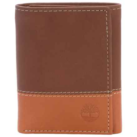 Timberland Hunter 2 Leather Wallet - Trifold in Brown/Tan - Closeouts