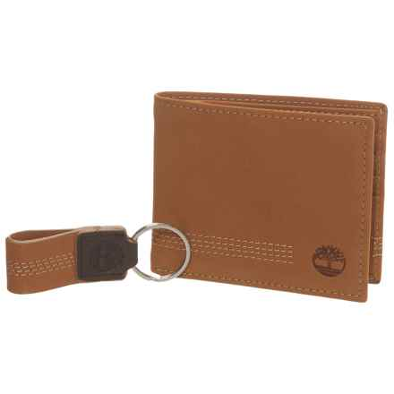 Timberland Icon Bi-Fold Wallet in Wheat - Closeouts