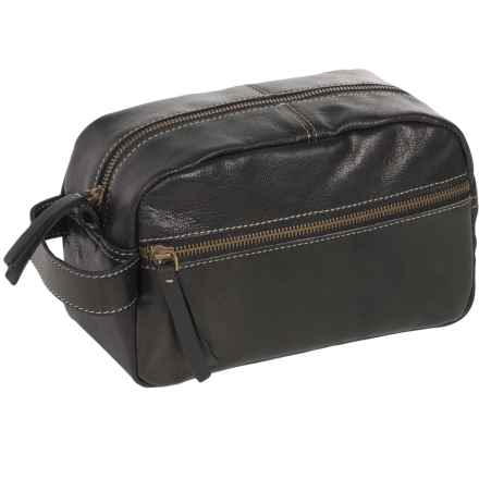 Timberland Nevada Leather Travel Kit in Black - Closeouts