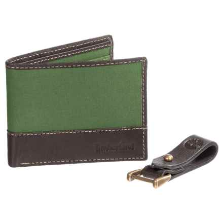 Timberland Wallet and Leather Key Clip Gift Set (For Men) in Pesto - Closeouts