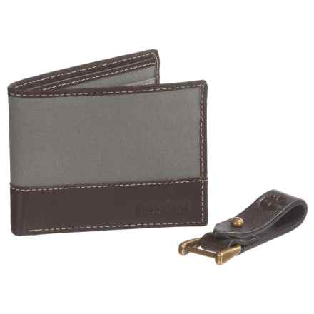 Timberland Wallet and Leather Key Clip Gift Set (For Men) in Steeple Grey - Closeouts