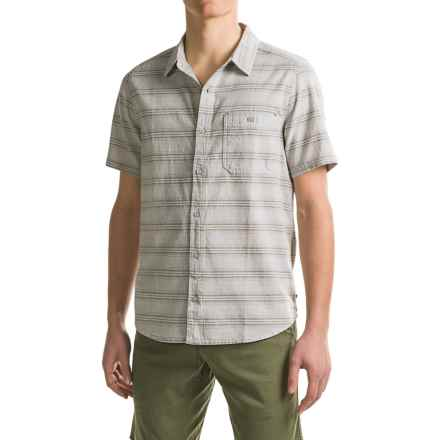 Toad&Co Hardscape Shirt - Organic Cotton, Short Sleeve (For Men) in Light Ash - Closeouts