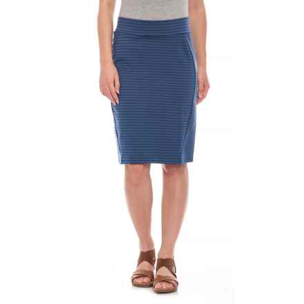 "Toad&Co Indigo Thin Stripe Transita Skirt - UPF 40+, 21"" (For Women) in Indigo Thin Stripe - Closeouts"