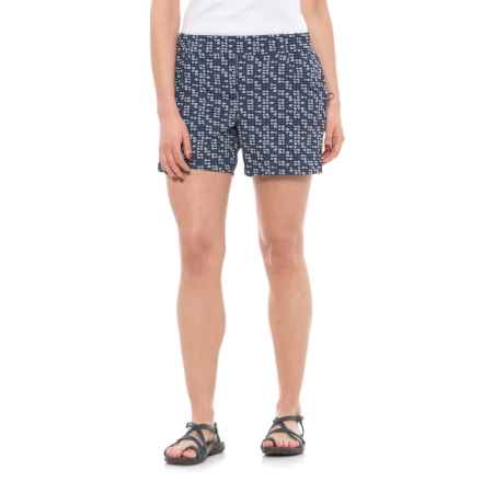 Toad&Co Jetlite Shorts - UPF 40+ (For Women) in Deep Navy Flag Print - Closeouts