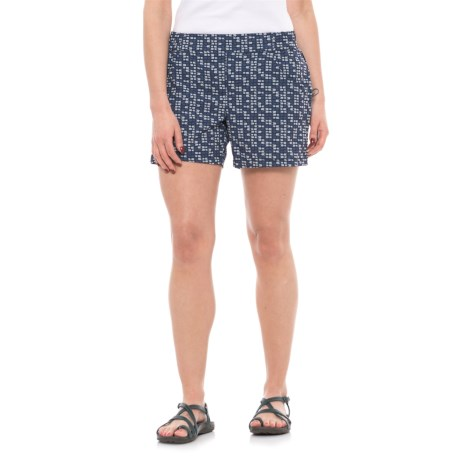 Toad&Co Jetlite Shorts - UPF 40+ (For Women) in Deep Navy Flag Print