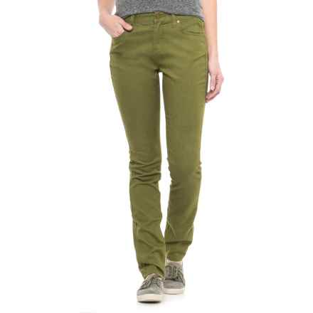 Toad&Co Lola Undenim Stretch Peached Jeans (For Women) in Juniper - Closeouts