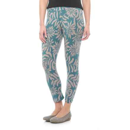 Toad&Co Print Lean Capris - Organic Cotton Blend (For Women) in Hydro Succulent Print - Closeouts