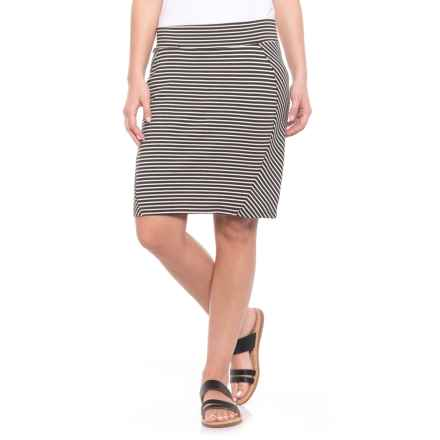 Toad&Co Transita Pencil Skirt - UPF 40+ (For Women) in Buffalo Stripe - Closeouts