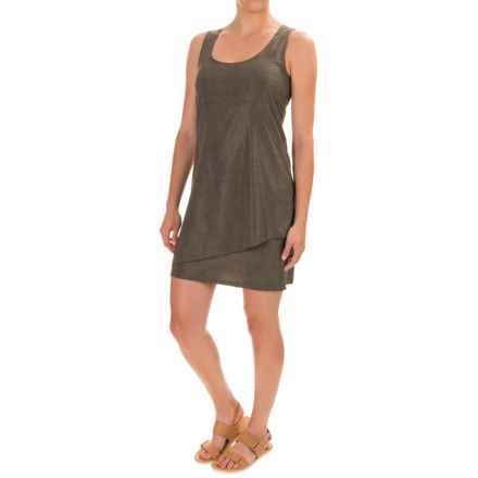 Toad&Co Whirlwind Dress - UPF 40+, Sleeveless (For Women) in Falcon Brown Print - Closeouts