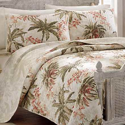 Tommy Bahama Bonny Cove Reversible Quilt - Twin in Ivory/Floral - Closeouts