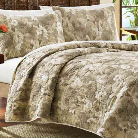 Tommy Bahama Hibiscus Haven Reversible Quilt Set - Twin in Ivory/Floral/Palm - Closeouts