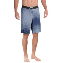 Tommy Bahama Maui Shades Boardshorts (For Men) in Deep Water - Closeouts