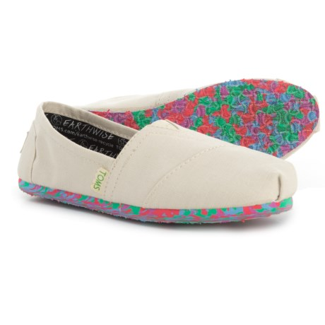 TOMS Classic-V Natural Coral Earthwise Shoes - Slip-Ons (For Women) in Coral