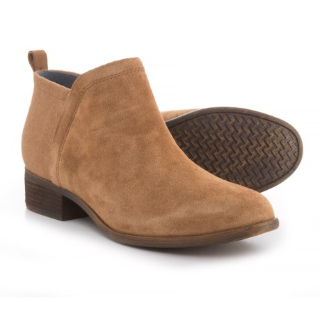 TOMS Deia Booties - Suede (For Women) in Toffee