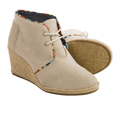 TOMS Desert Wedge Ankle Boots Burlap Suede (For Women)