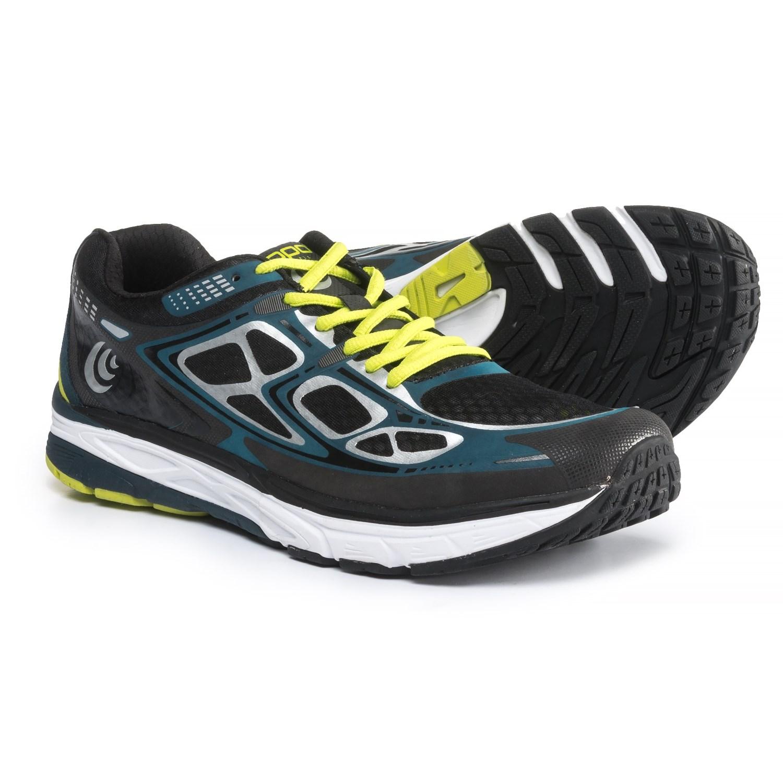 Topo Athletic  Magnifly Running Shoe  Men's 70587