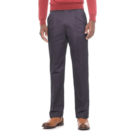 Traditional Fit Cotton Pleated Pants (For Men) in Dark Navy