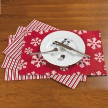 Traditions by Waverly Reversible Placemats - Set of 4 in Snowflake - Closeouts