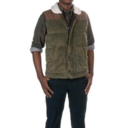 True Grit Pebble Pile Vest - Insulated (For Men) in Vintage Olive - Closeouts