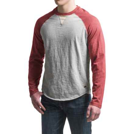 True Grit Vintage Raglan Shirt - Long Sleeve  (For Men) in Vintage Red/Heather Grey - Closeouts