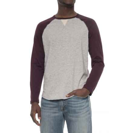 True Grit Vintage Raglan T-Shirt - Long Sleeve (For Men) in Cabernet/Heather Grey - Overstock