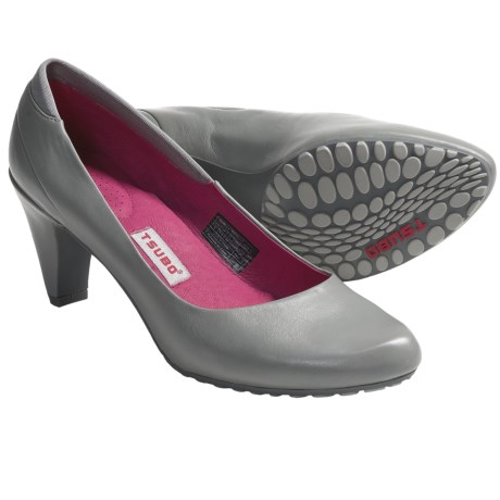 Tsubo Dufay Pumps (For Women) in Mid Grey