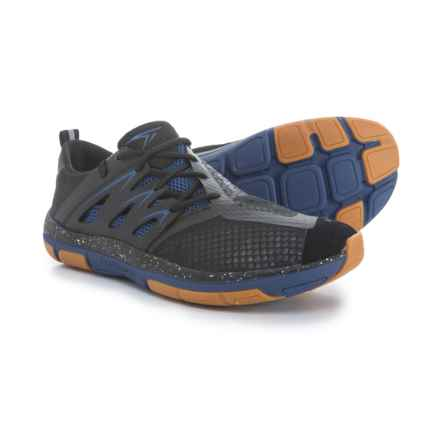 Turner Footwear T-Fleerun Training Shoes (For Men) in Black/Blue - Closeouts