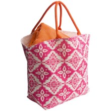 Two's Company Fortaleza Tote Bag - Jute in Fuschia/Orange - Closeouts