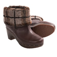 UGG® Australia Cora Lynn Boots - Sheepskin Lined (For Women) in Chocolate Plaid - Closeouts