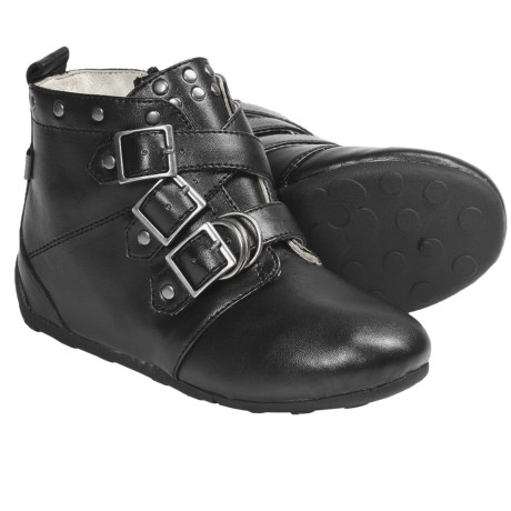 Umi Kyraa Boots (For Kid and Youth Girls) in Black Multi