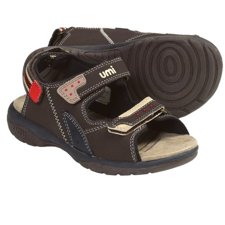 Umi Payton Sandals (For Toddlers Kids and Youth) in Cocoa