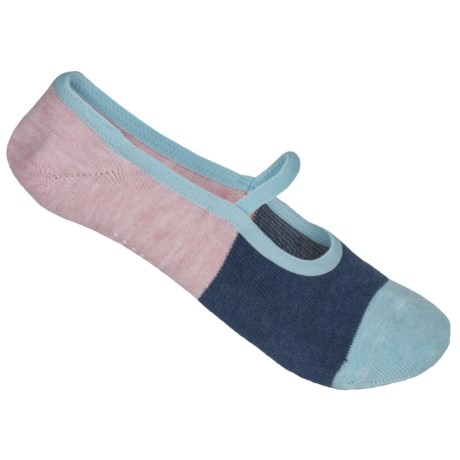 UrbanKnit Color-Block Pilates Socks - Below the Ankle (For Women) in Navy/Pink