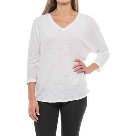 V-Neck Dolman Shirt - 3/4 Sleeve (For Women) in White - 2nds