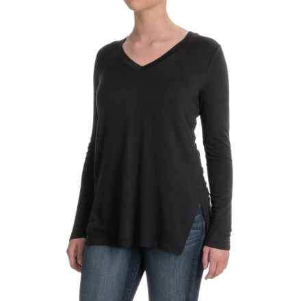 V-Neck Stretch Tunic Shirt - Rayon, Long Sleeve (For Women) in Black - 2nds