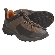Vasque Juxt Trail Shoes (For Kids and Youth) in Peat/Sudan Brown - Closeouts